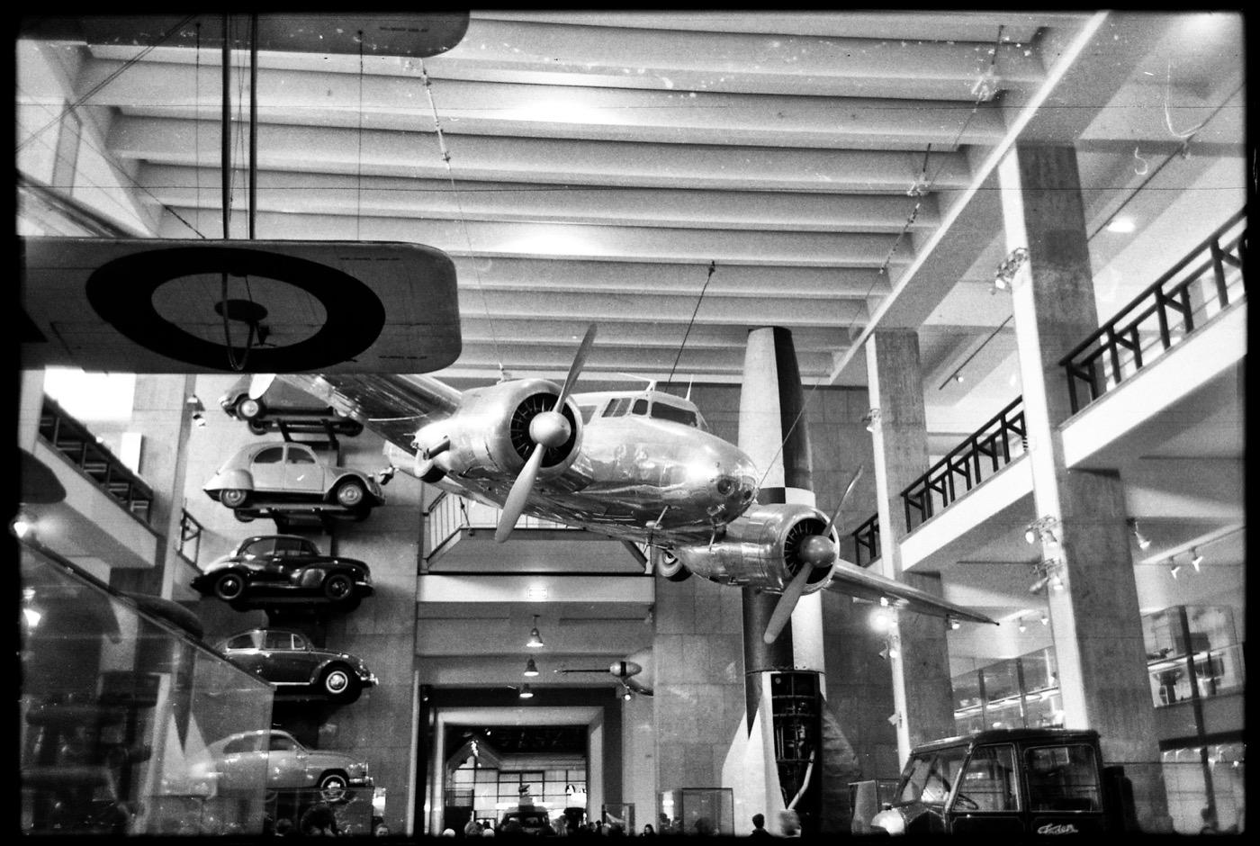 Leica M6 - Rollei RPX400