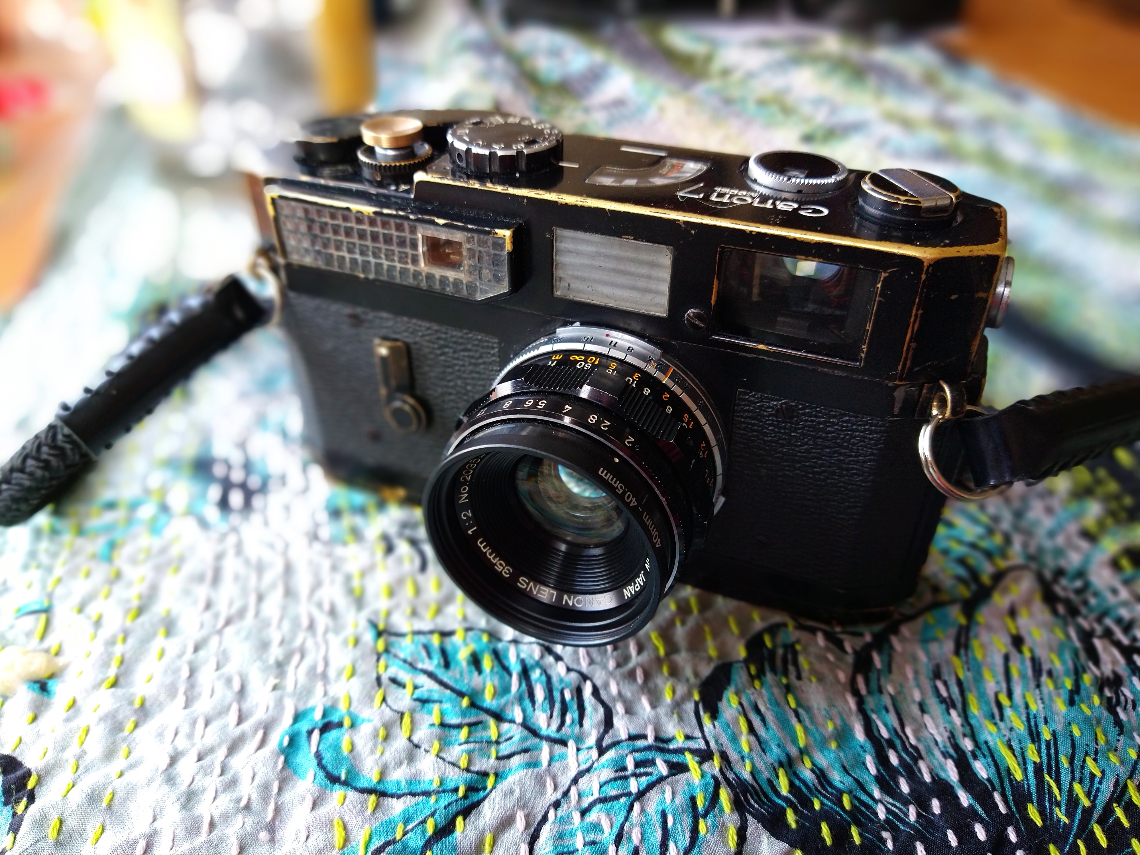 Black Paint Canon 7