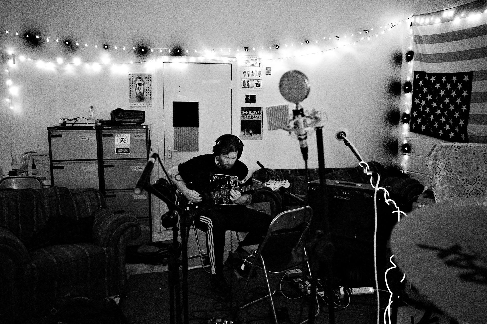Lee recording